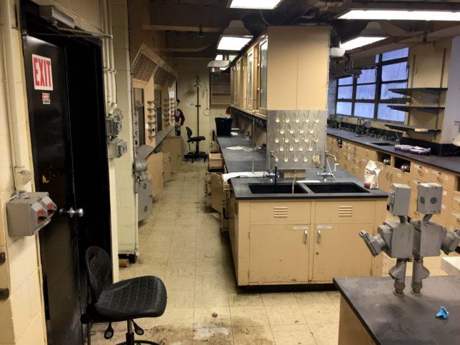 Science-Lab-4412-5