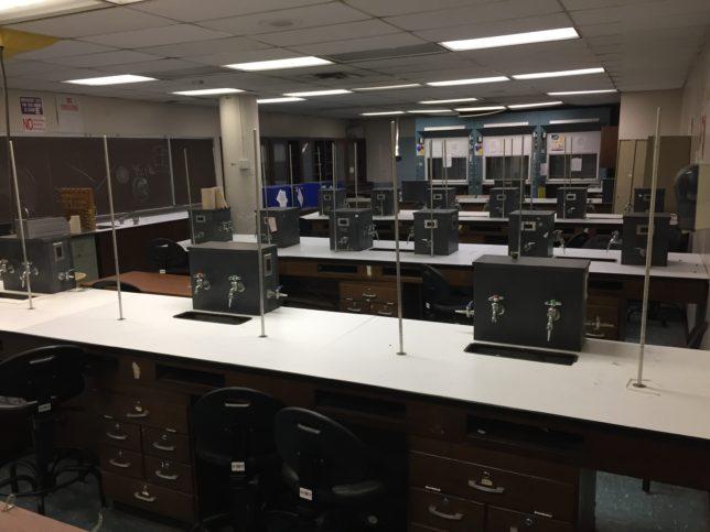 Science-Lab-4516