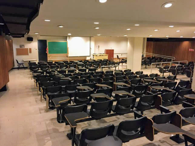 1st-Floor-Lecture-Hall2-644x483[1]