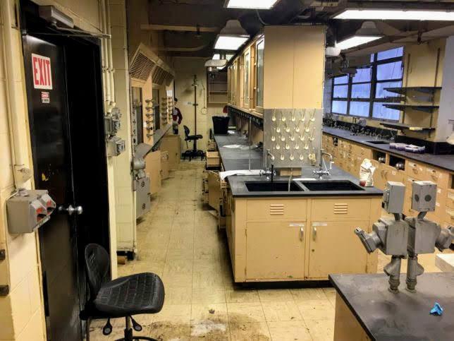 Science-Lab-4412-5-644x483[1]