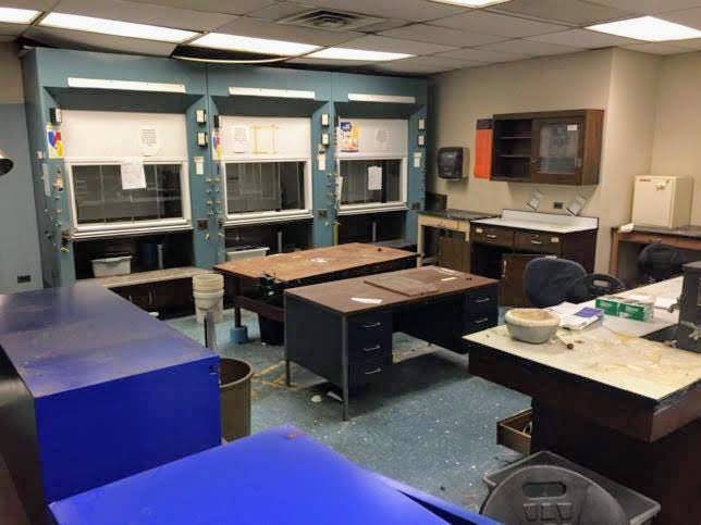 Science-Lab-4516-3-644x483[1]